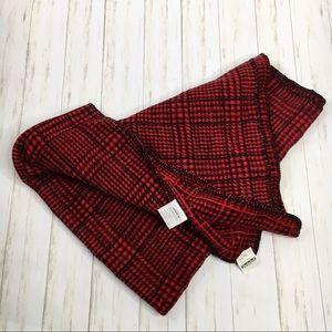 Biederlack Aurora Red & Black Fleece Blanket